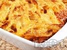 Рецепта Пастичио - гръцки макарони с кайма, канела, бекон, пармезан, сирене гауда и сос болонезе на фурна